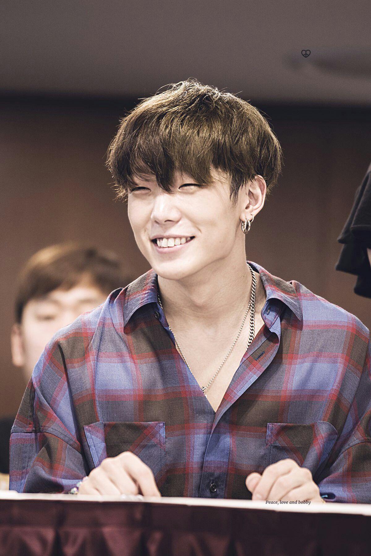 His smile~ #iKON #BOBBY