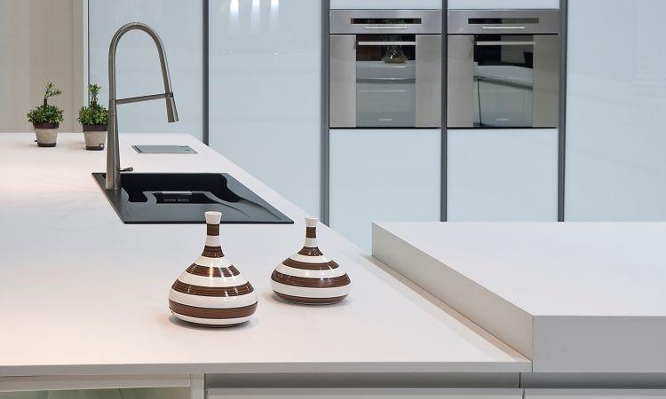 Plan De Travail Quartz Blanc - Show Home Concept | Cuisine
