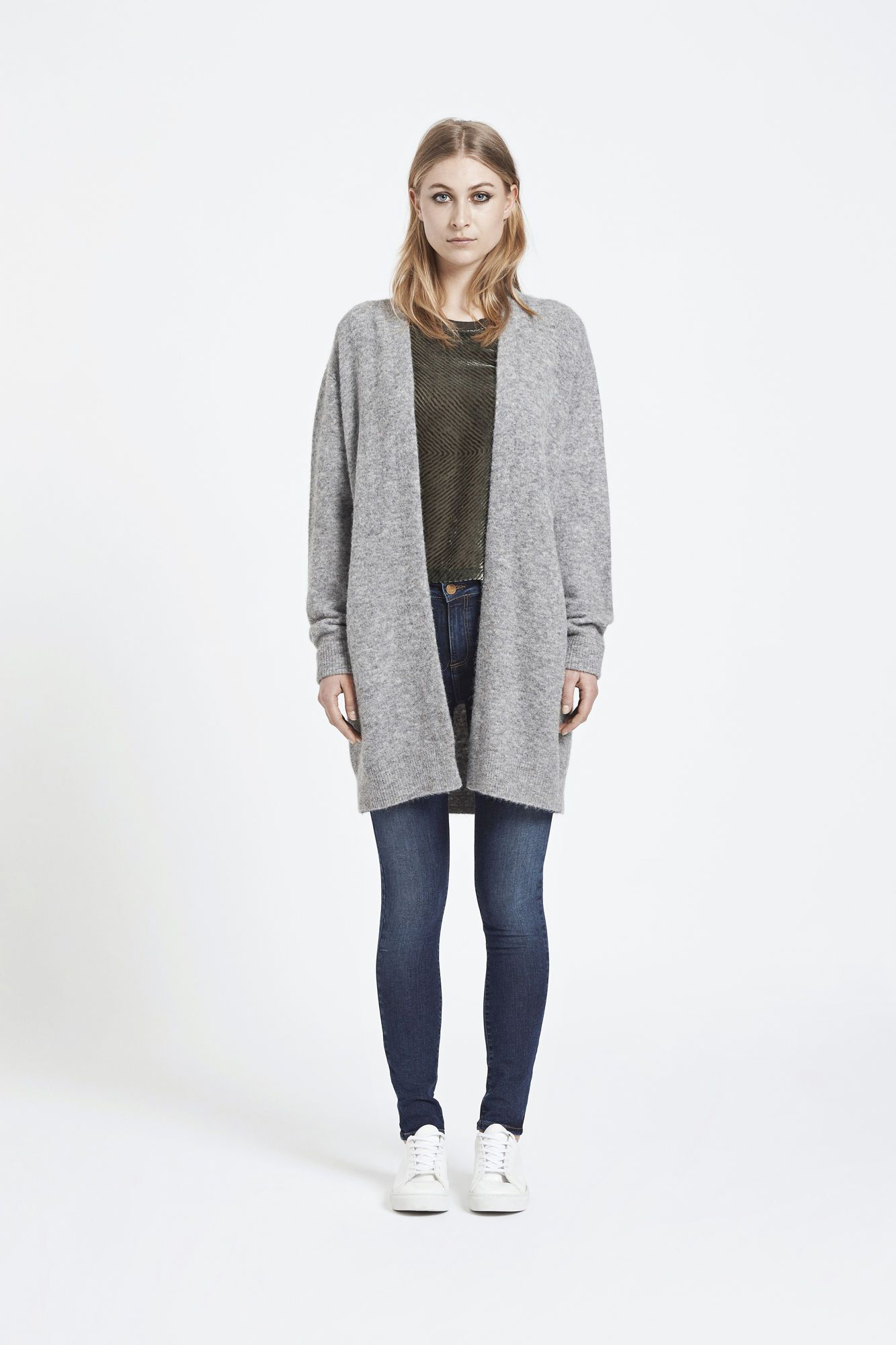 Nor cardigan 7355, GREY MEL. Kr 1599