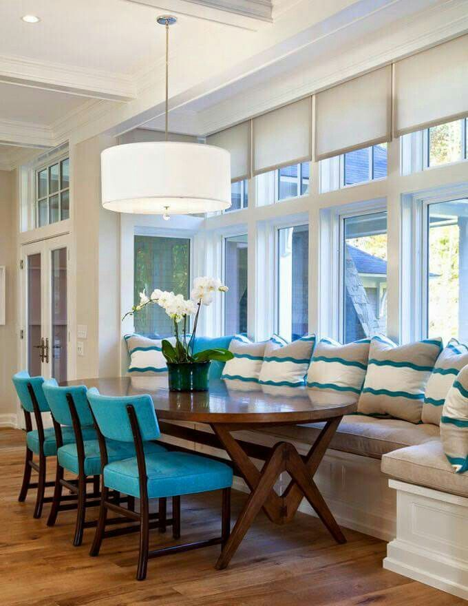 Great Window Seat And Dining Space #windowseat #homefeature Impressive Window Seat In Dining Room Decorating Design