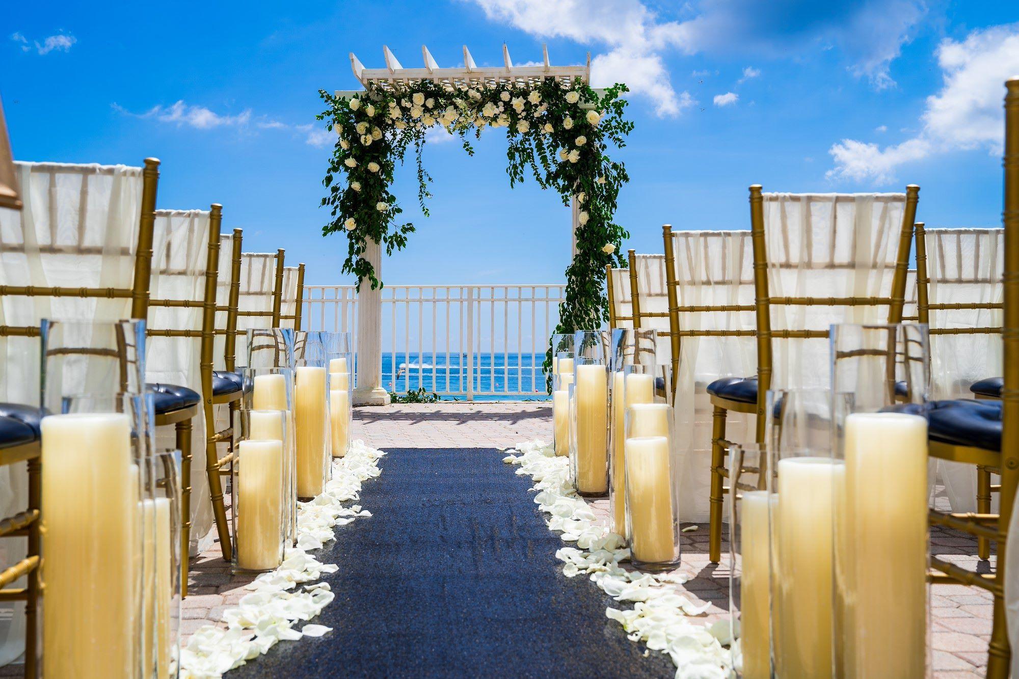 Fort Lauderdale Beach Weddings Wedding Venues In Ft Lauderdale In 2020 Beachfront Weddings Wedding Venues Outdoor Wedding Venues