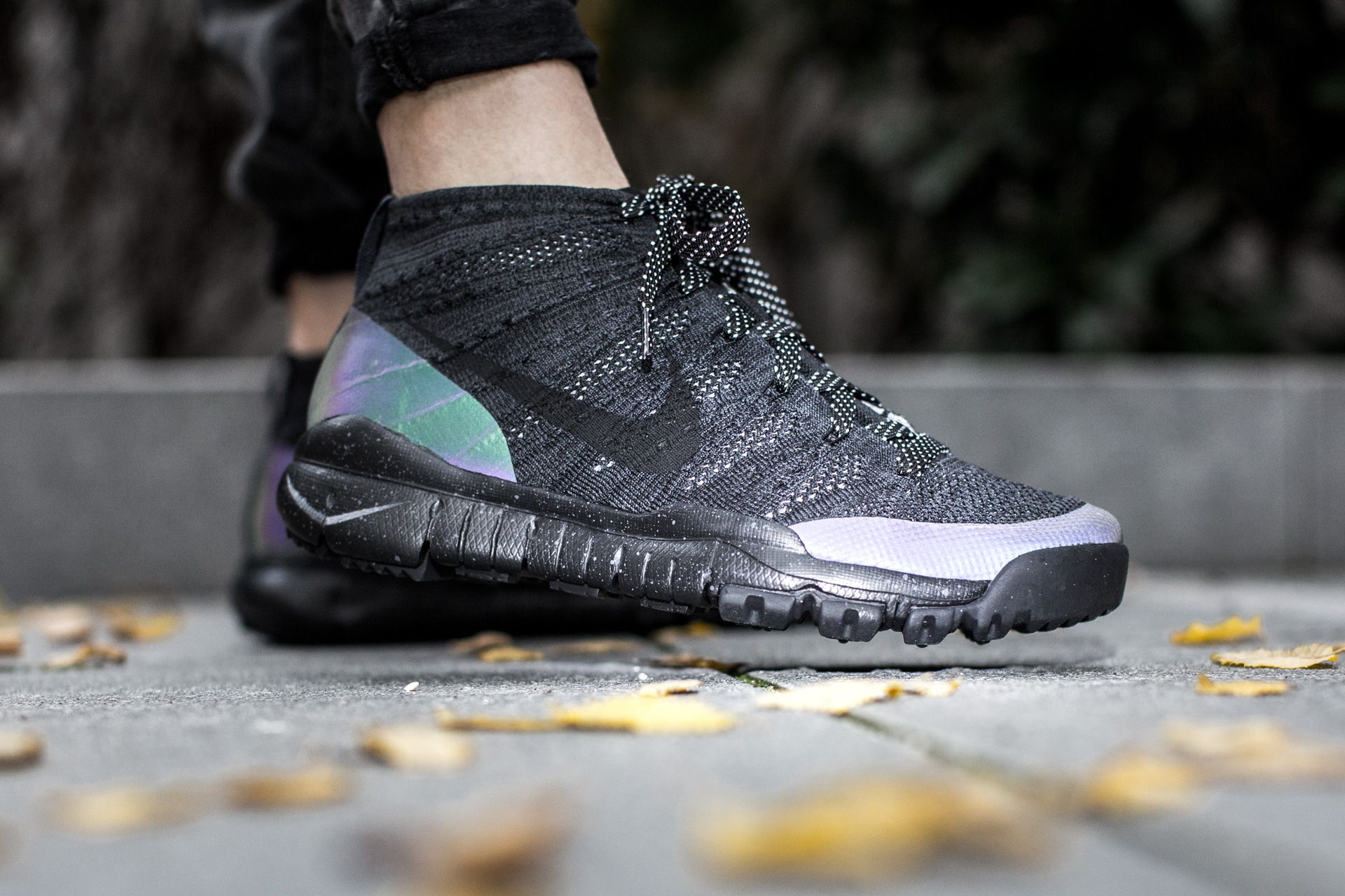 NIKE FLYKNIT TRAINER CHUKKA SNEAKERBOOT BLACK/BLACK-ANTHRACITE available at  www.tint-