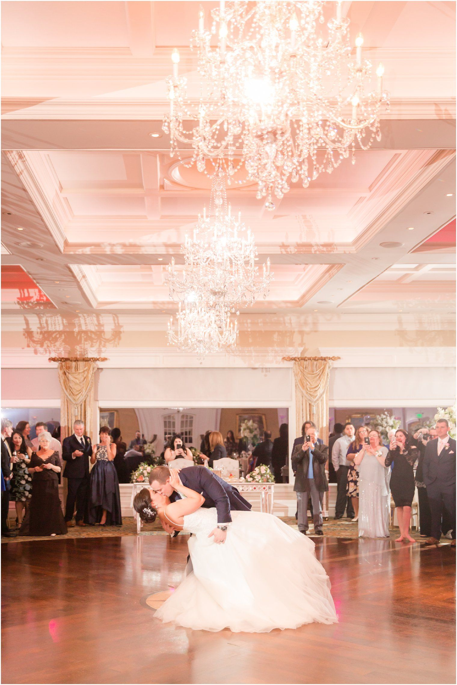 View This Wedding Reception At Clarks Landing Yacht Club In Point Pleasant Nj Photos By Photographers Idalia Photography