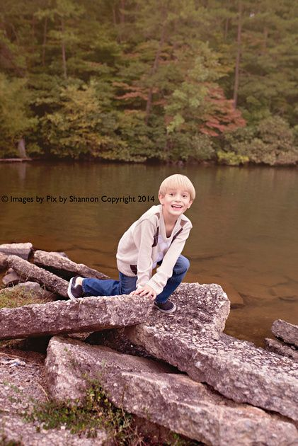 Fall pictures on the lake