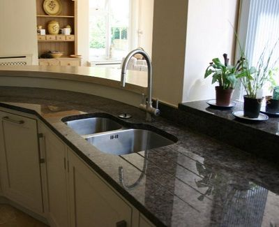 How to get an impressive kitchen makeover with Granite Worktops - http://www.kravelv.com/get-impressive-kitchen-makeover-granite-worktops/