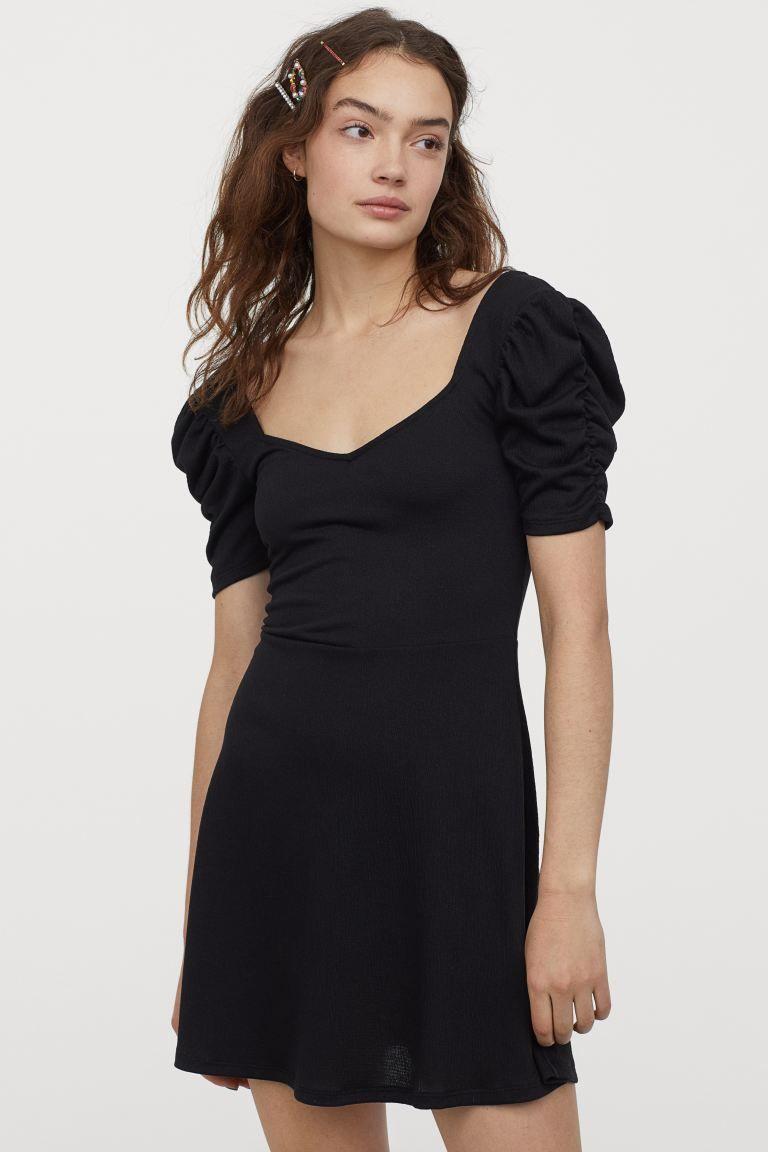 Kleid mit Puffärmeln - Schwarz - Ladies  H&M DE in 15  Kleid