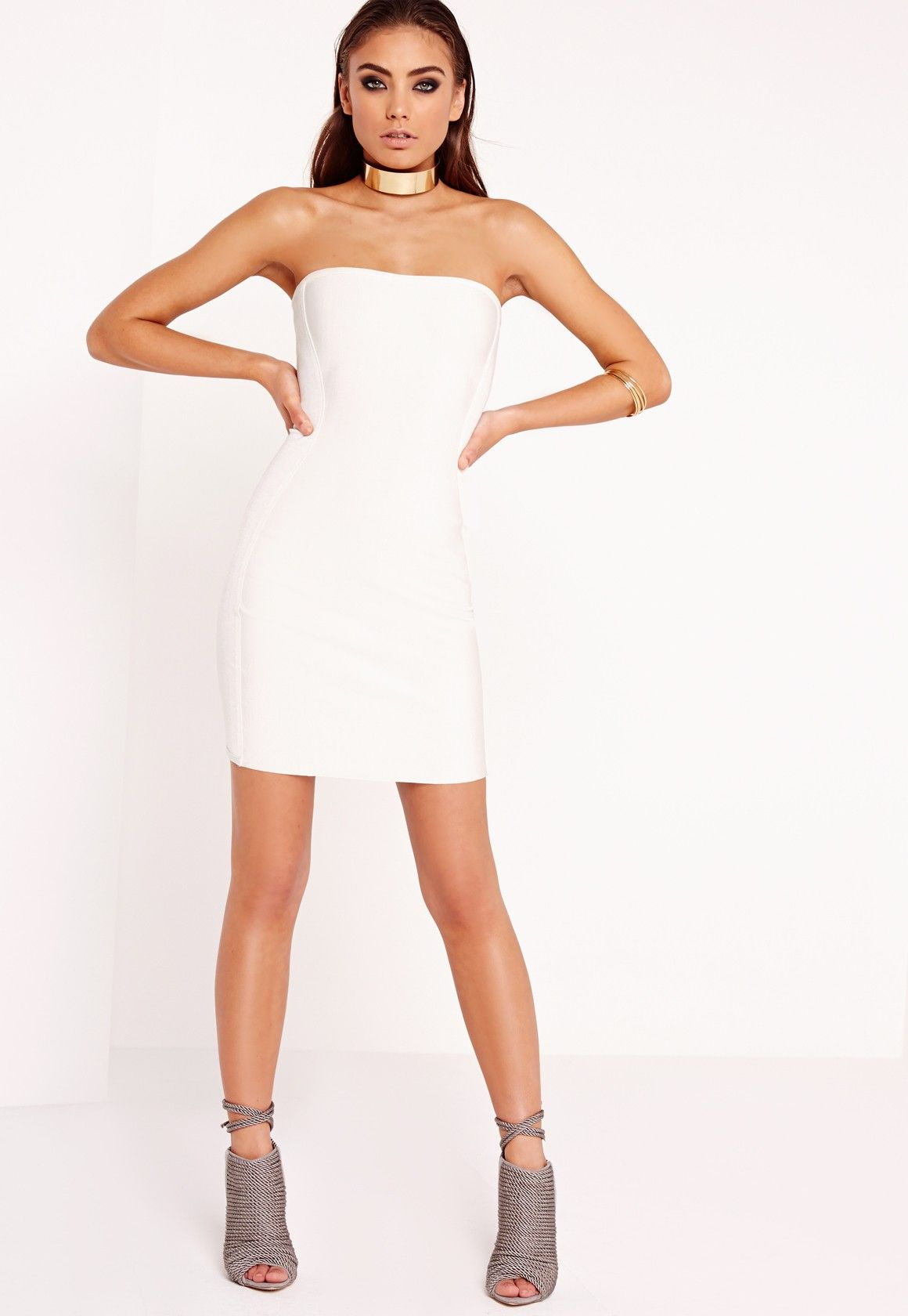 cadaf3b6b38 Missguided - Robe blanche bustier effet bandage Peace Love Robe De Soirée