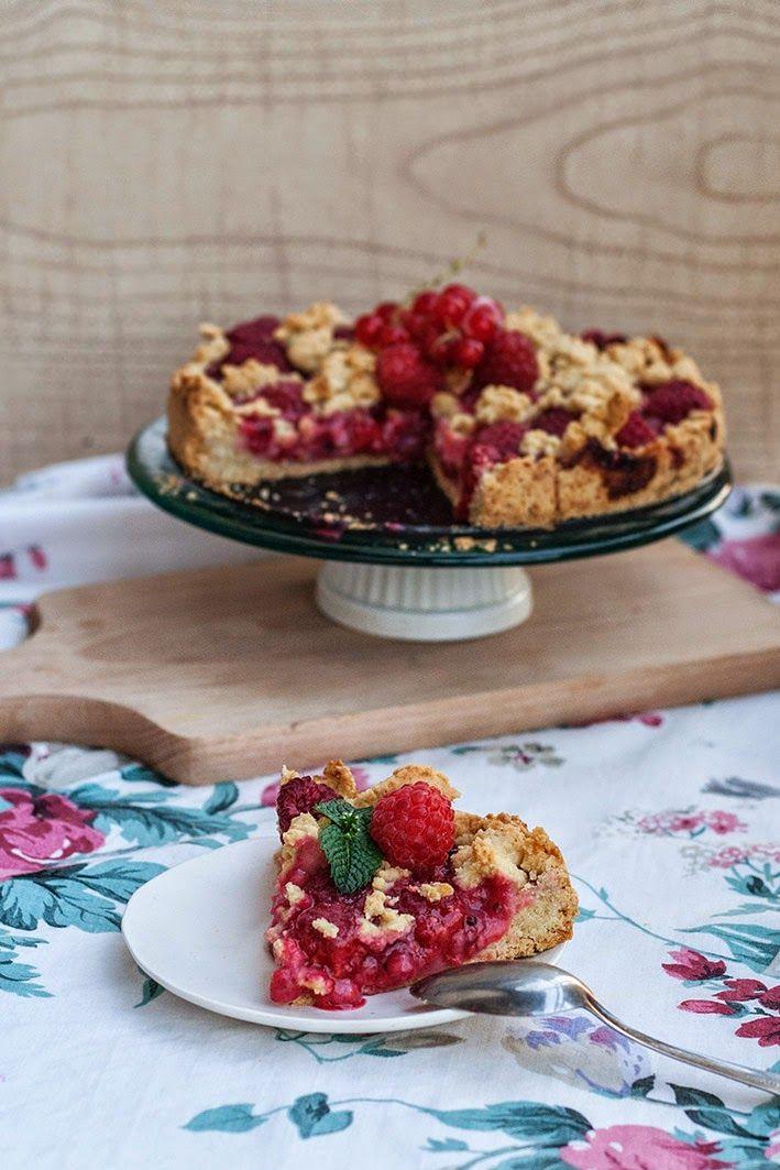 Kuchnia Roslinna Kruche Ciasto Z Czerwona Porzeczka I Malinami Bezglutenowe Food Foods With Gluten Sweet