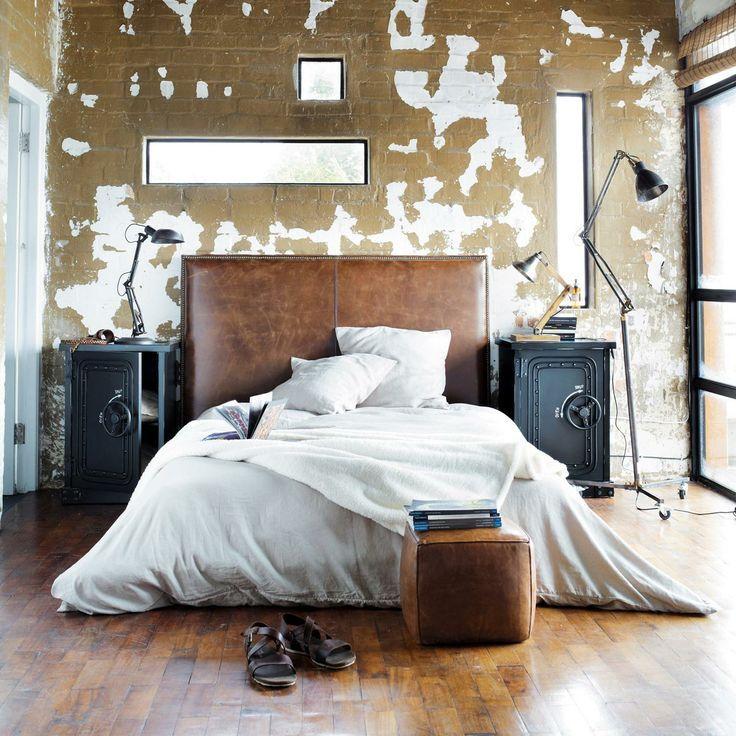 Arredare in stile industriale | Long narrow bedroom, Narrow bedroom ...