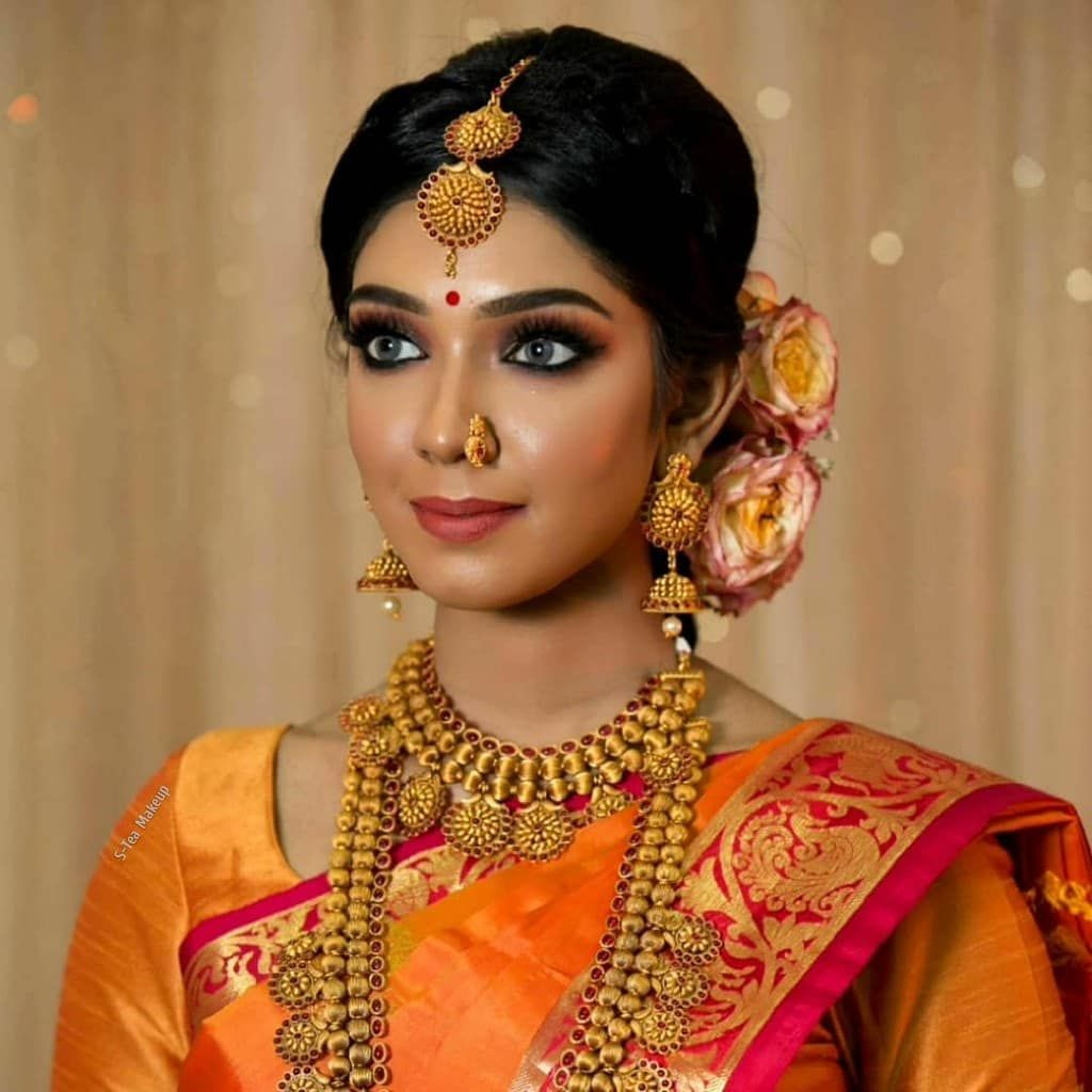 Two different look that we created on gorgeous @keerthanaah_ recently... Traditional look & subtle