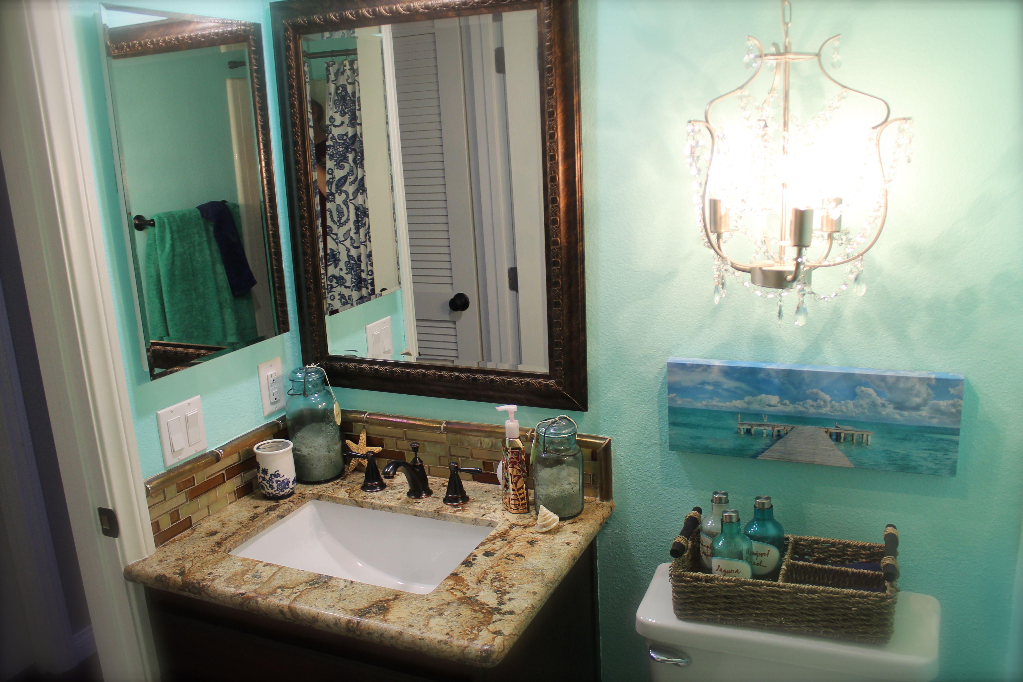 Beachy Bathroom Ideas: Ocean Beach Bathroom