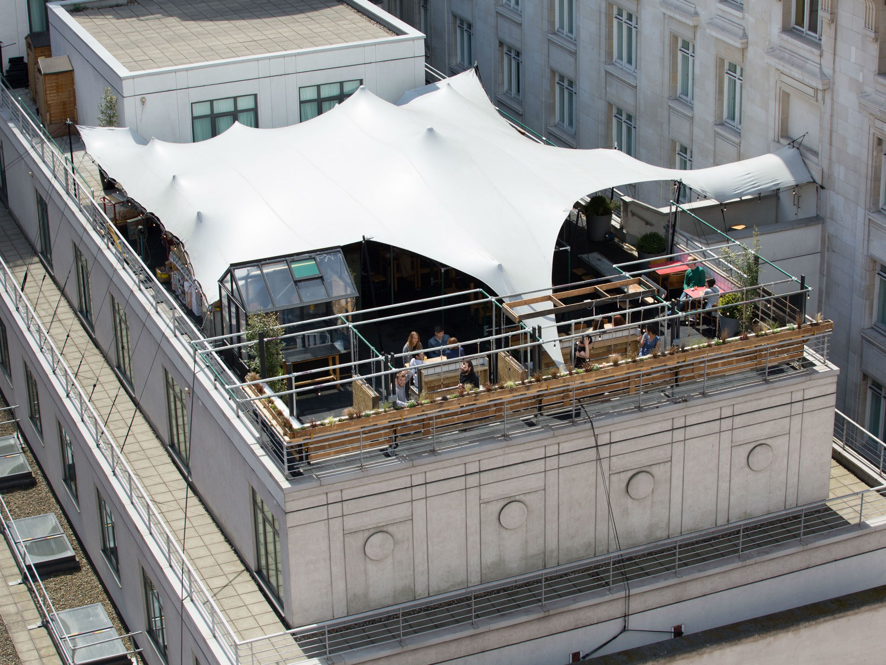 New Rooftop Bar Sisu Is Coming To Oxford Street And It S Got A Negroni Machine London Rooftop Bar Rooftop Bar Best Rooftop Bars
