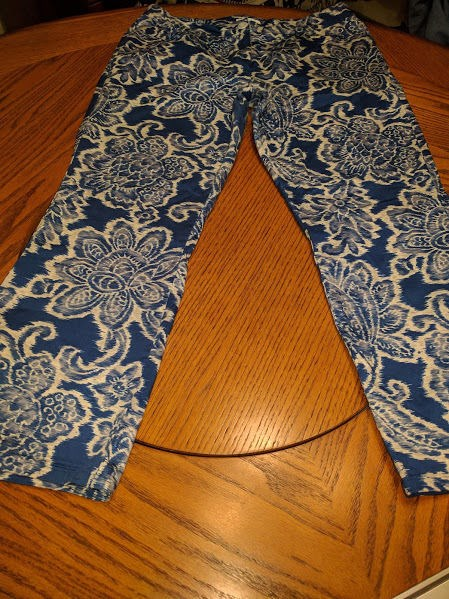 7.70$  Buy here - http://virxr.justgood.pw/vig/item.php?t=6c3ju527398 - Women's Capris. Maternity By MOTHERHOOD. Size L