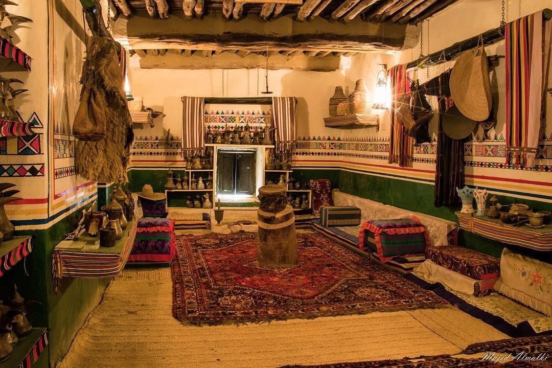 نموذج من البيوت القديمة في منطقة عسير جنوب السعوديه Hotel Home Appliances Home