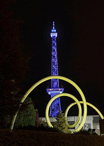 Berlin Leuchtet In 2020 Lichtkunstler Funkturm Berlin Festival Berlin