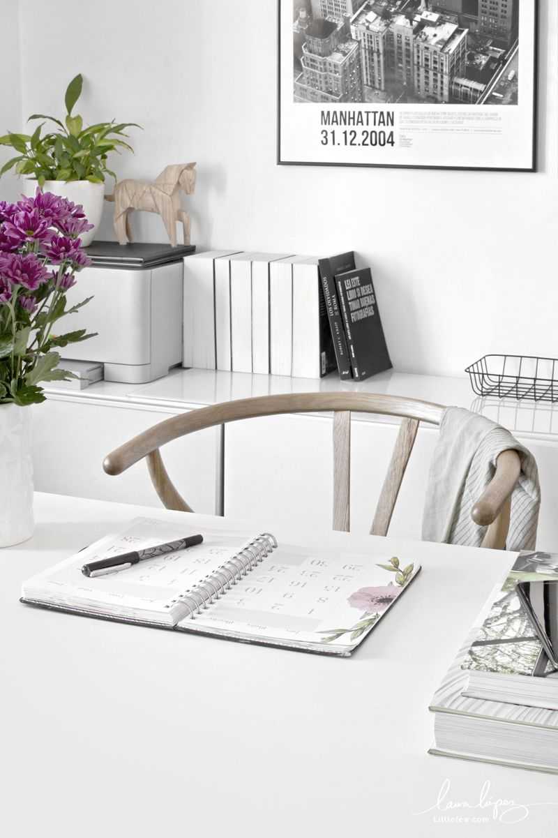 Workspace En My 6 Small 2019Blog For Littlefew Tips Business DHY2EW9I