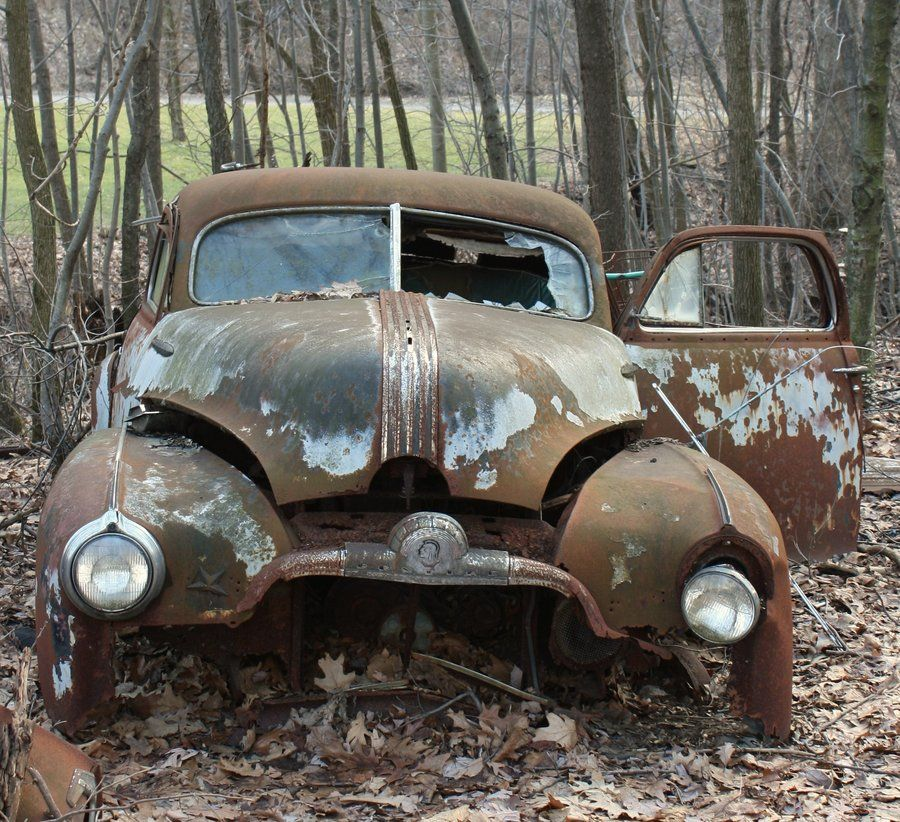 Rusty Cars, Abandoned