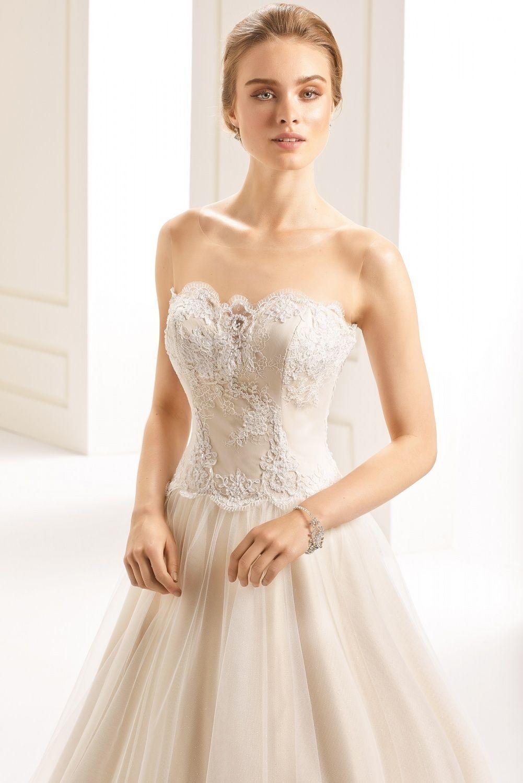 Bianco Evento boléros (avec images)   Couture nuptiale