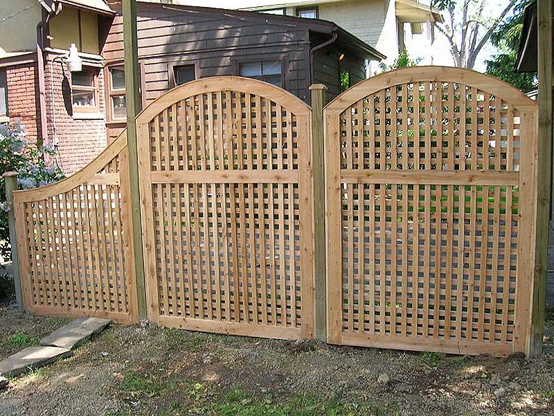 Outdoor vinyl lattice privacy screens neighbor for Lattice screen fence