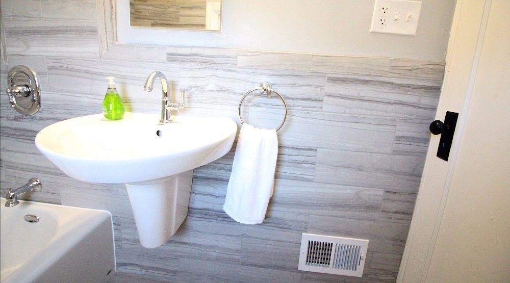 How To Install A Wall Mounted Pedestal Sink With Images Modern
