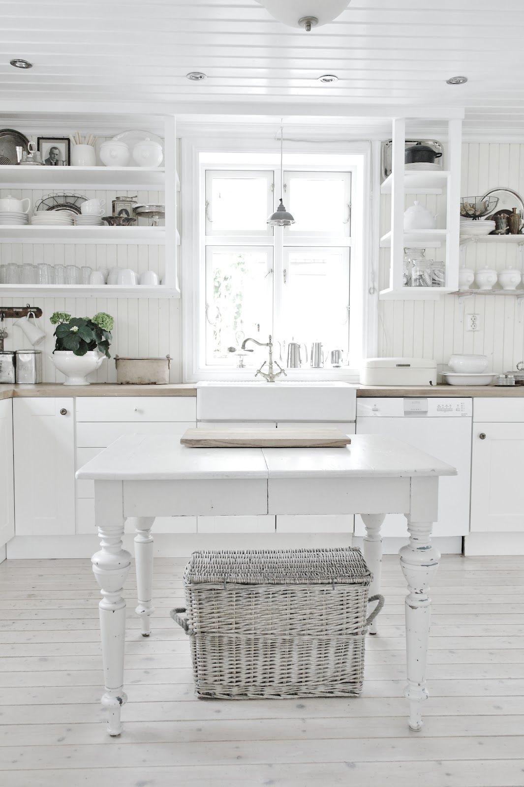 white Norwegian cottage kitchen | home | interiors | Pinterest ...