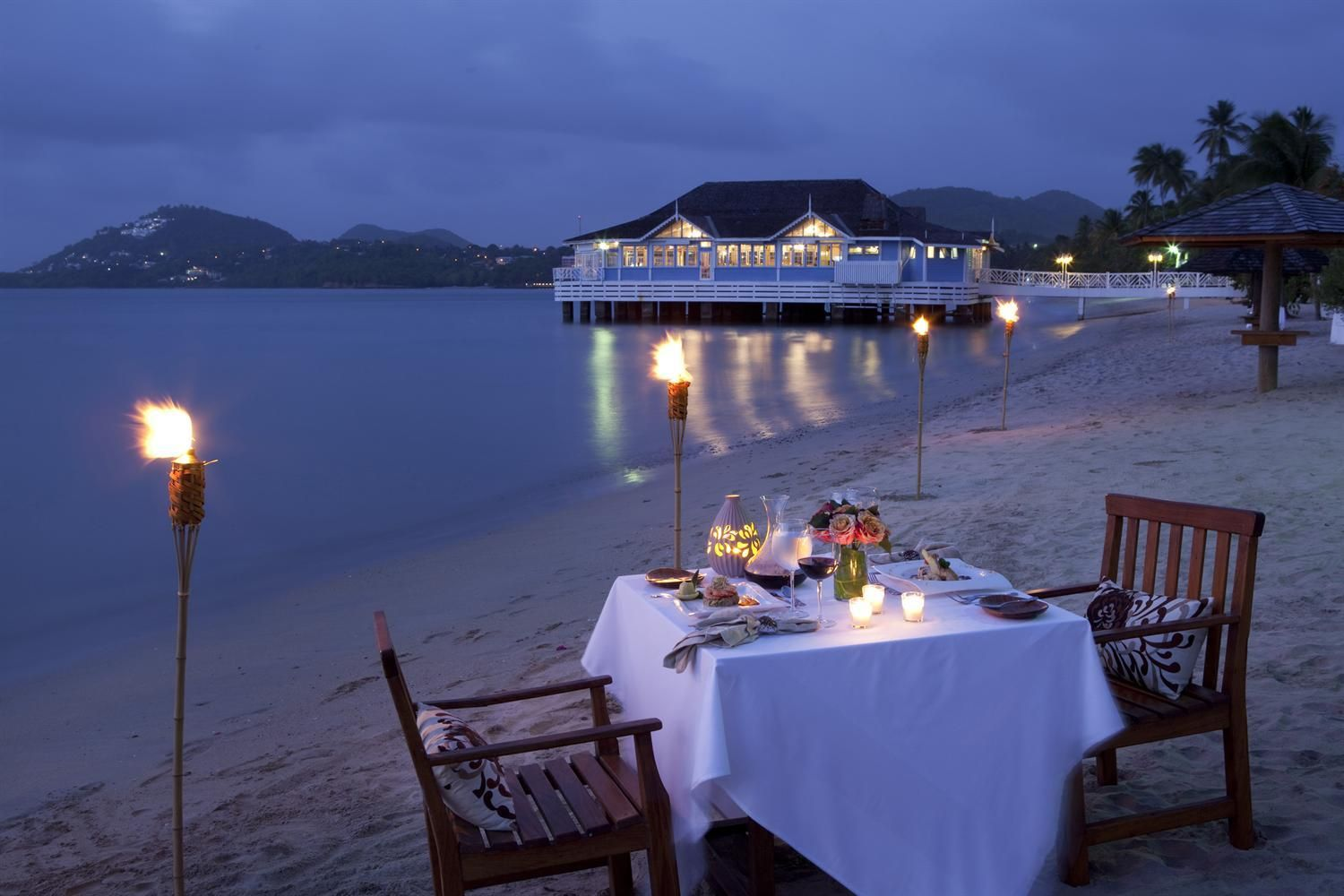 Explore The Beauty Of Caribbean: Private Candlelight Dining