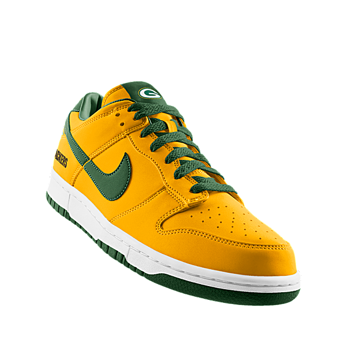 new concept 8b0f9 a2577 Custom Nike Dunk Low (NFL Green Bay) iD Shoe