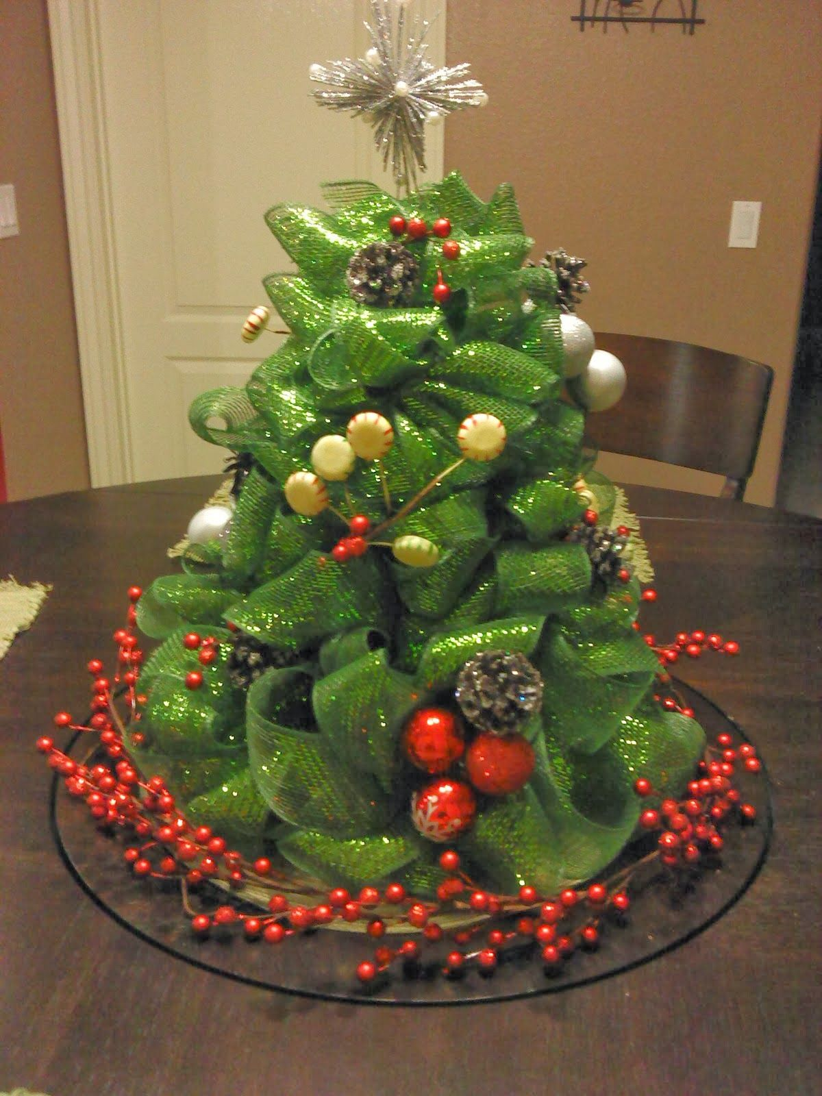 This Mesh Ribbon Christmas Tree Centerpiece Is Adorable ! It Would Be The  Perfect Item For The Middle Of The Table During Christmas Eve Dinner.