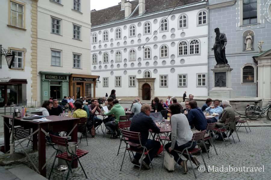 Kleines Café, Viena