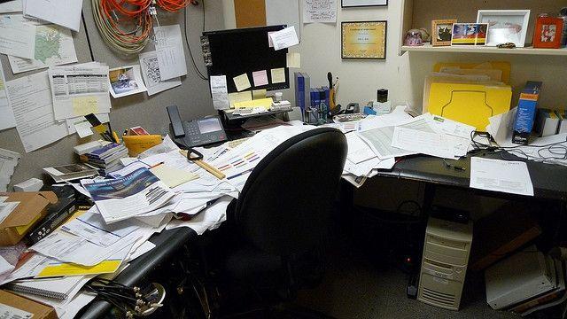 Une étude allemande révèle que les bureaux mal rangés sont non