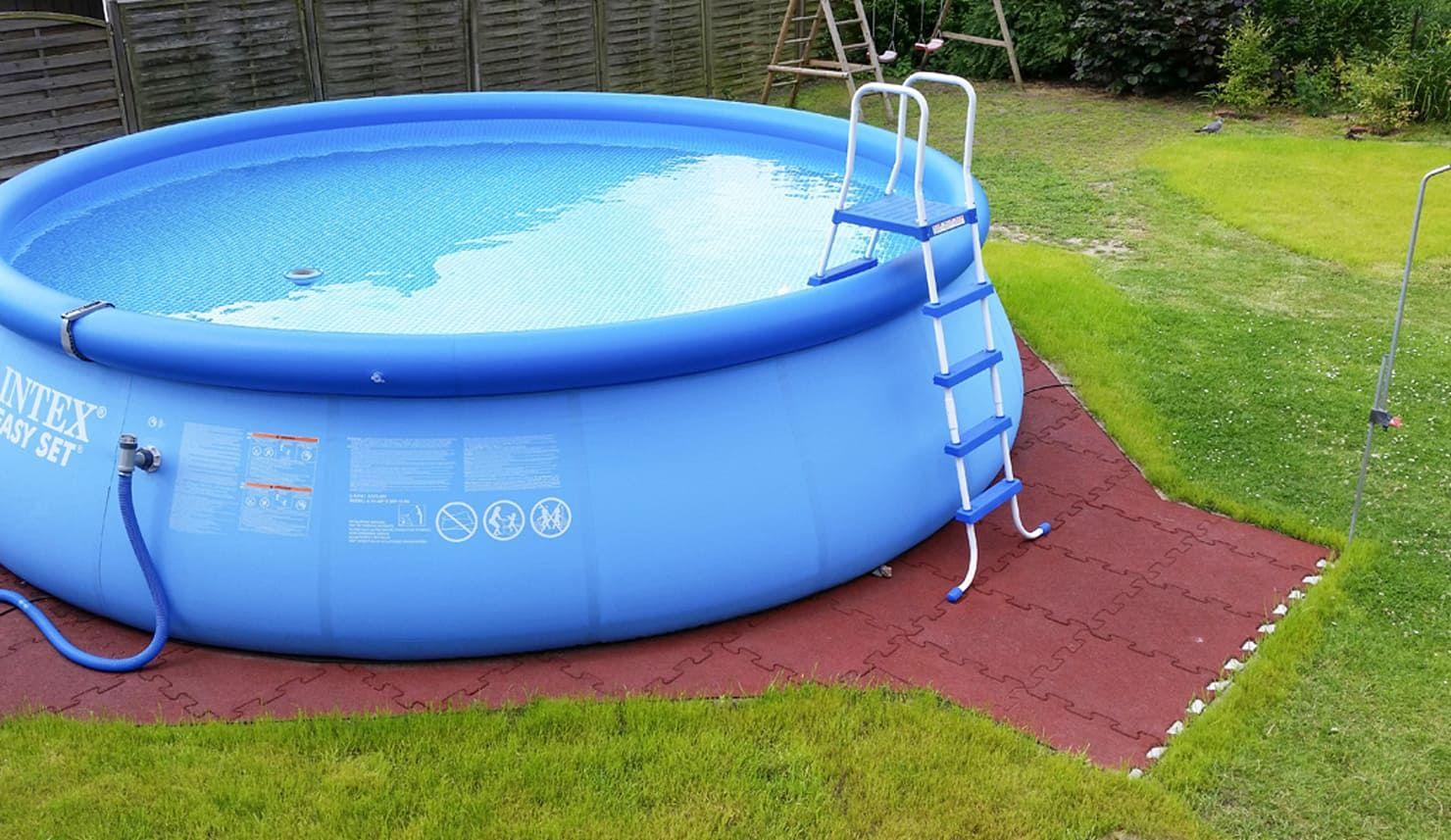 22 Mini Pools Die Sich Fantastisch In Deinem Garten Machen Teil 1 Homify Pool Unterlage Diy Schwimmbad Hinterhof Pool Landschaftsbau