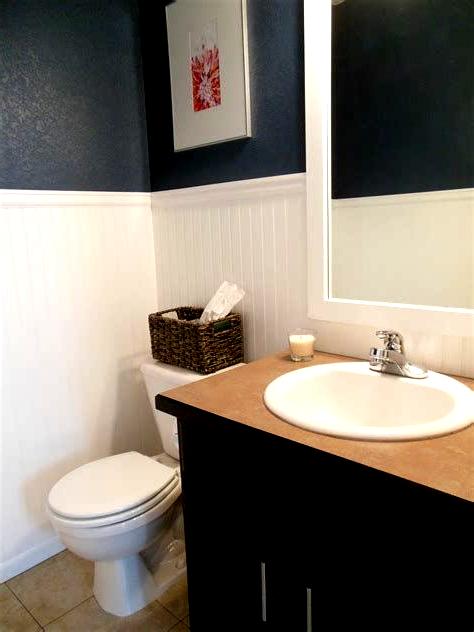 Small Half Bathroom Ideas Small Half Bathroom Decorating Ideas Half Bathroom D Bathroom Bathroomd Deco In 2020 Small Half Bathrooms Bathroom Decor Half Bathroom