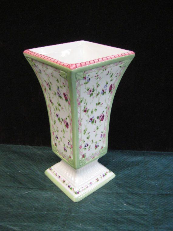 Vase Laura Ashley Floral Pink Burgandy Light Green On White