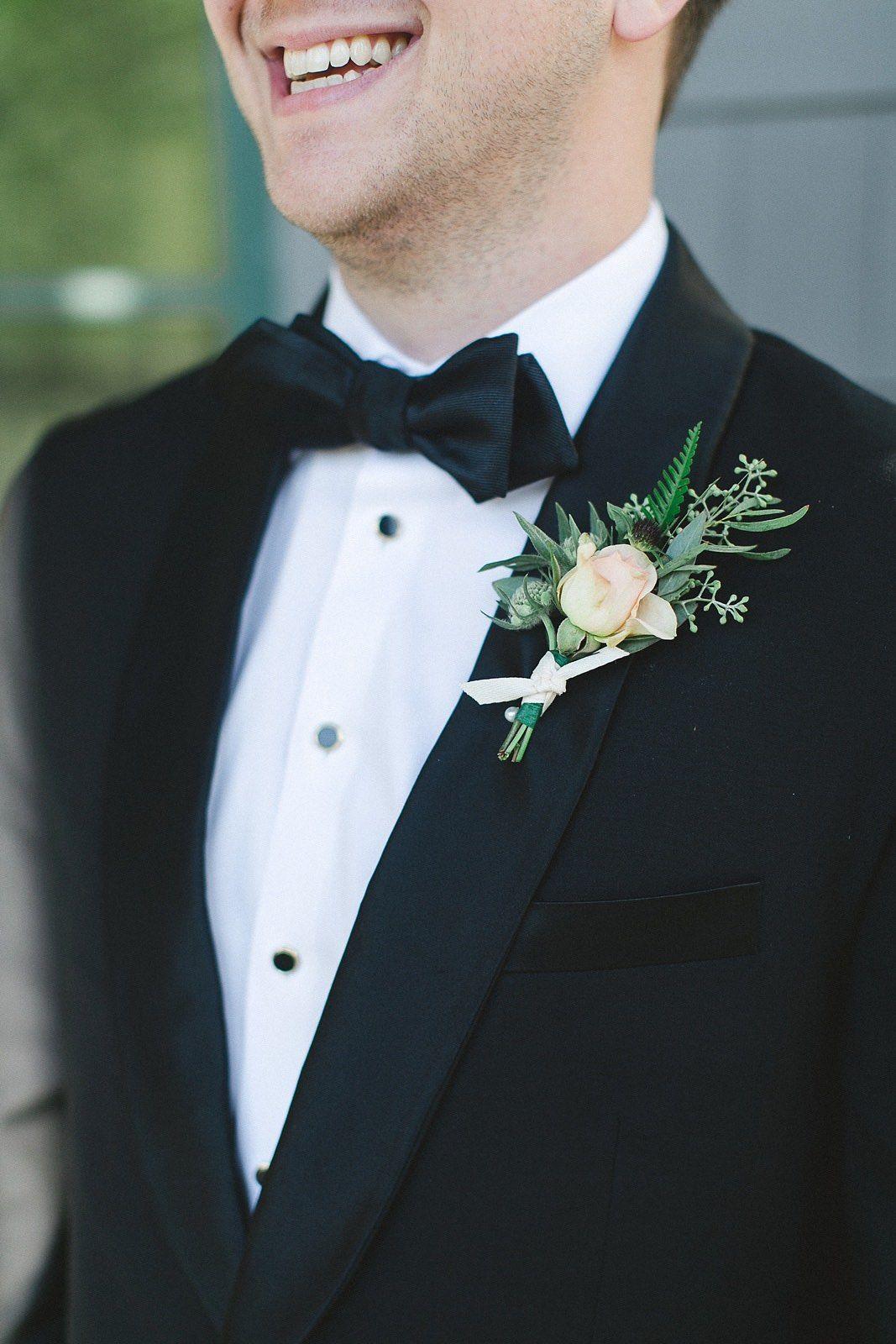 Shawl Collar Tuxedo Shawl Collar Tuxedo Purple Wedding Bouquets