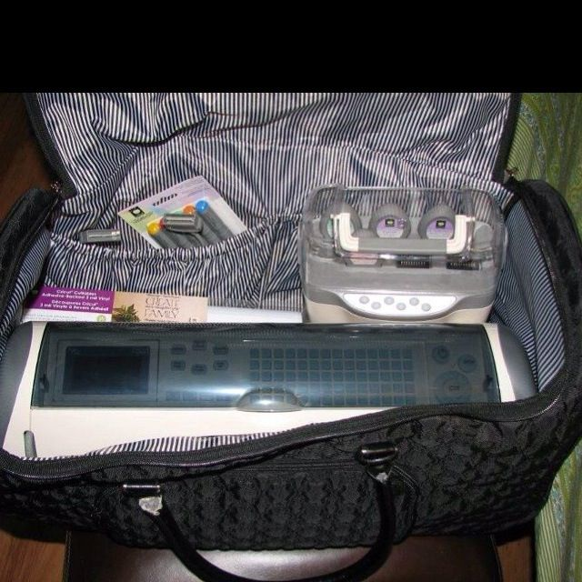 Rolling Tote Holds Cricut Machine Accessories With Images Thirty One Gifts Thirty One Organization Thirty One