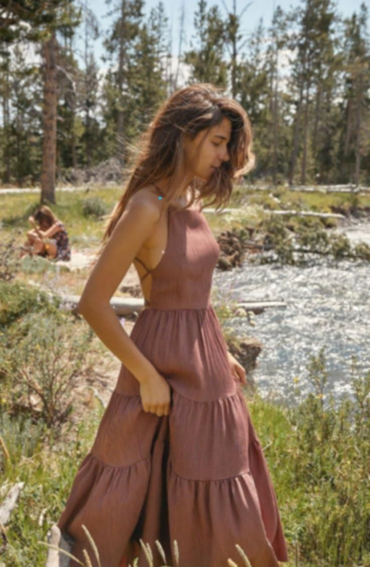 # fall makeup What to Wear: 15 Autumnal Dresses for a Fall Wedding   Green Weddi...