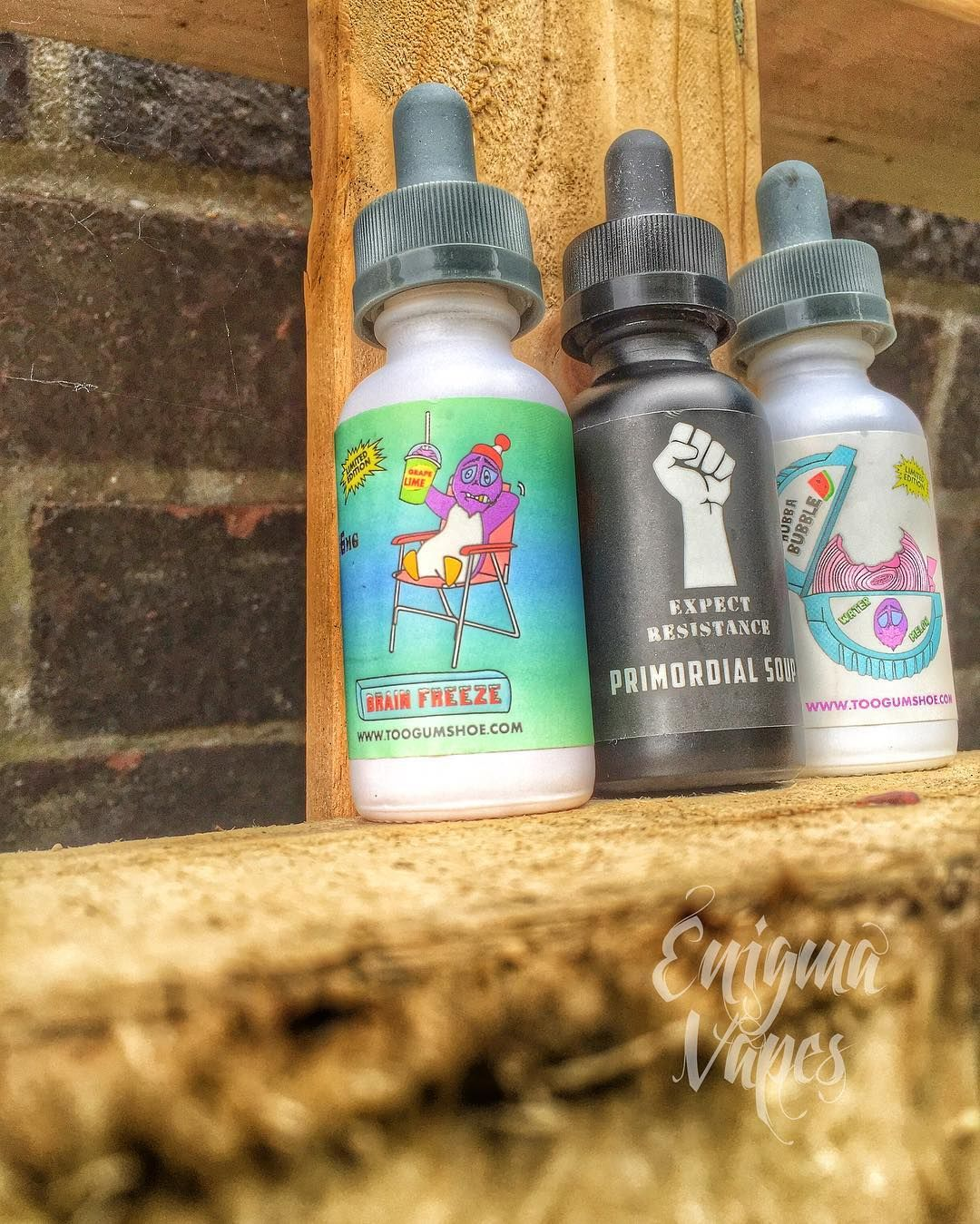 The line up from @expectresistancevapes looking ready for action!  Have you joined the resistance and given them a go yet? If not what are you waiting for head on over give them a look like and follow and then give them a shot!  @whitehousevapes @tokenvape @icevapers @vapehousehi @efest_company @mb.boxmods  @oemstreetbrew @modernvapes @mvapesuk @vapeyez @customwoodeu @wulfmods @eclearvape @expectresistancevapes @armlet_official @throwbackjuiceco @pickledbrews @7monkseliquid @vapeboss…
