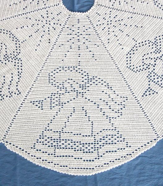 Angel Filet Crochet Tree Skirt - via @Craftsy | Becky | Becky by K ...