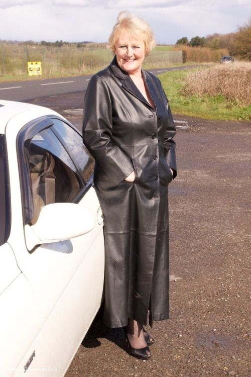 Milf flashing in leather coat daddy &amp