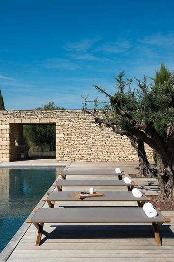 Meuble de jardin outdoor  chaise longue, salon de jardin, chilienne - amenagement jardin avec spa