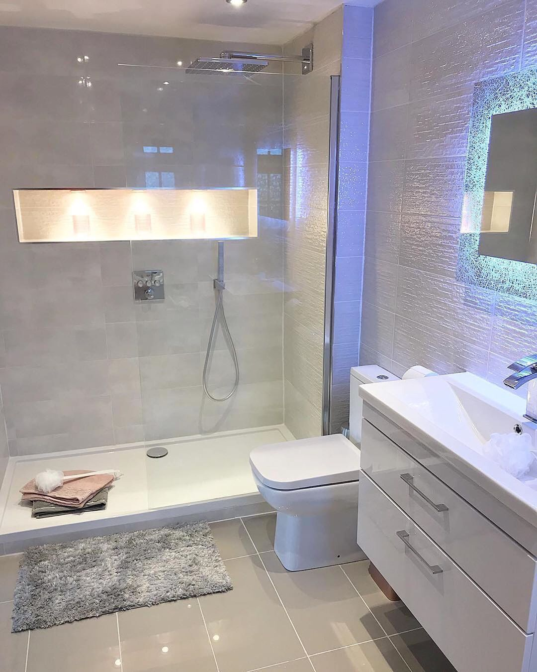 Check Out This Newly Renovated En Suite Bathroom Of Mrs Rackley Home The En Suite She And Her Husb Bathroom Interior Design Bathroom Interior Bathroom Design Ensuite bathroom design ideas