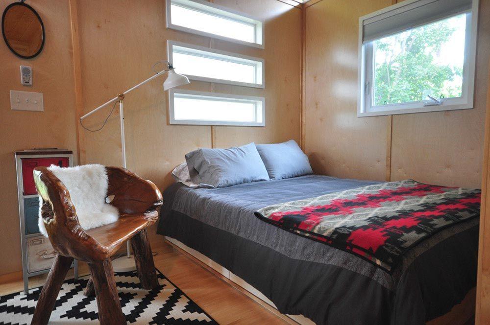 Sleeping Area - Modern Dwelling by Kanga Room Systems