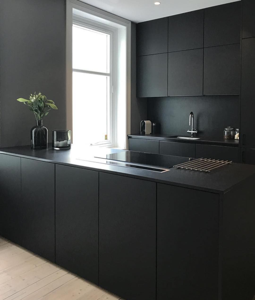 Best Not Often That Your See An All Black Kitchen Contemporary 640 x 480