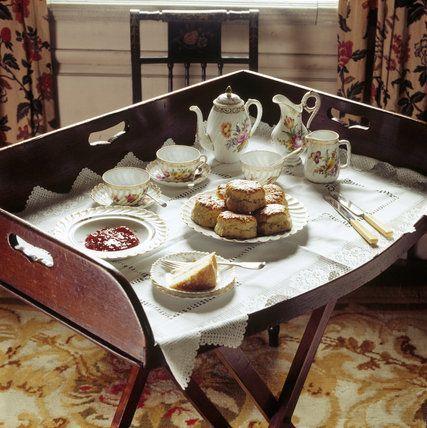 Tea Time L Anglais Servi Sur Un Plateau Apprendre Et Reprendre Les Bases De