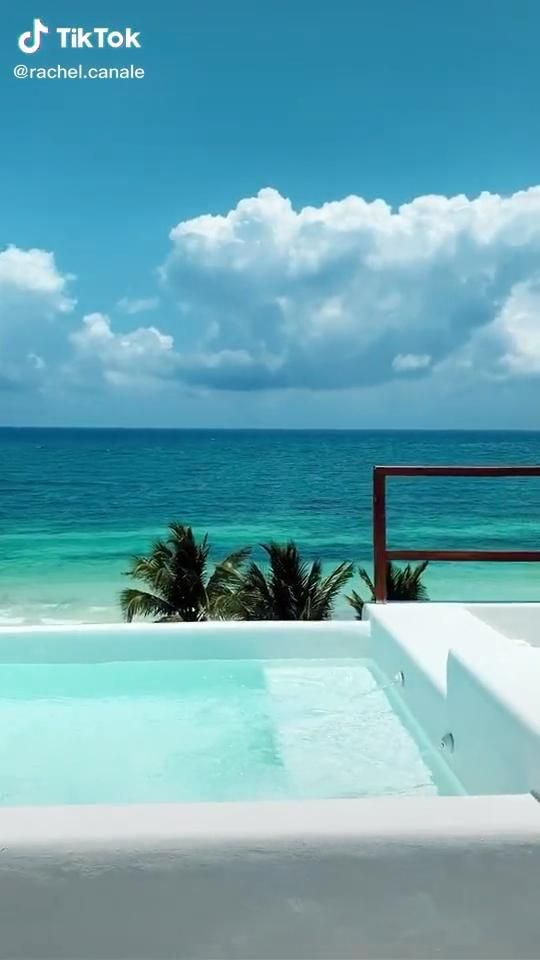 Beautiful travel place in Tulum Mexico! Travel photography and travel tips. #reistips #reisbestemmingen