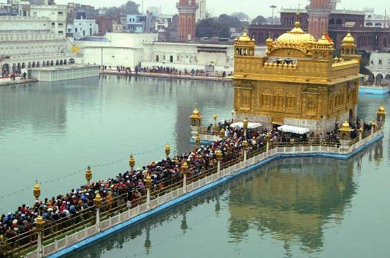 60 Landmarks You Must See Before You Die Places Around The World Golden Temple Amritsar Wonderful Places