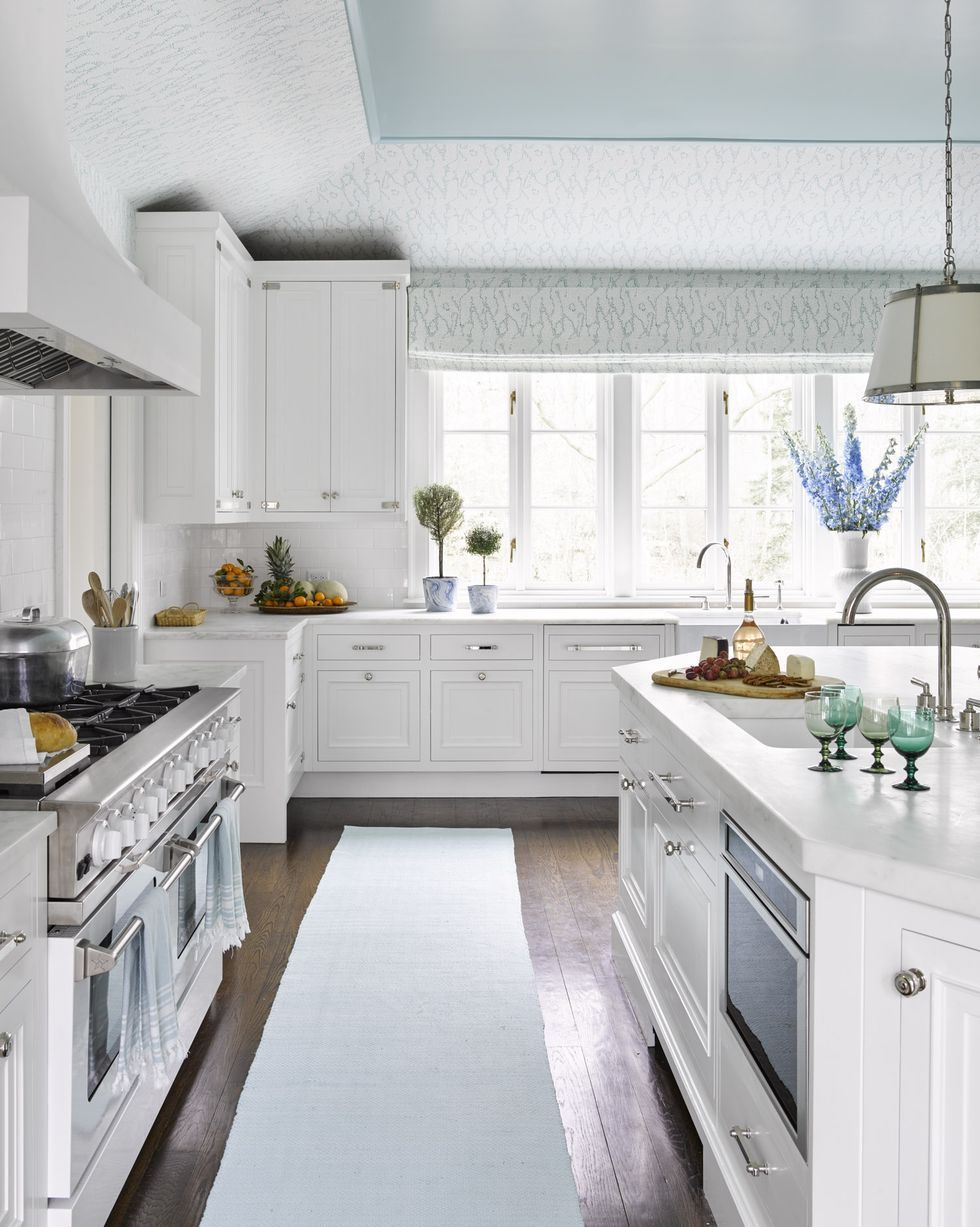 15 Energizing Kitchen Paint Colors That Will Brighten Your
