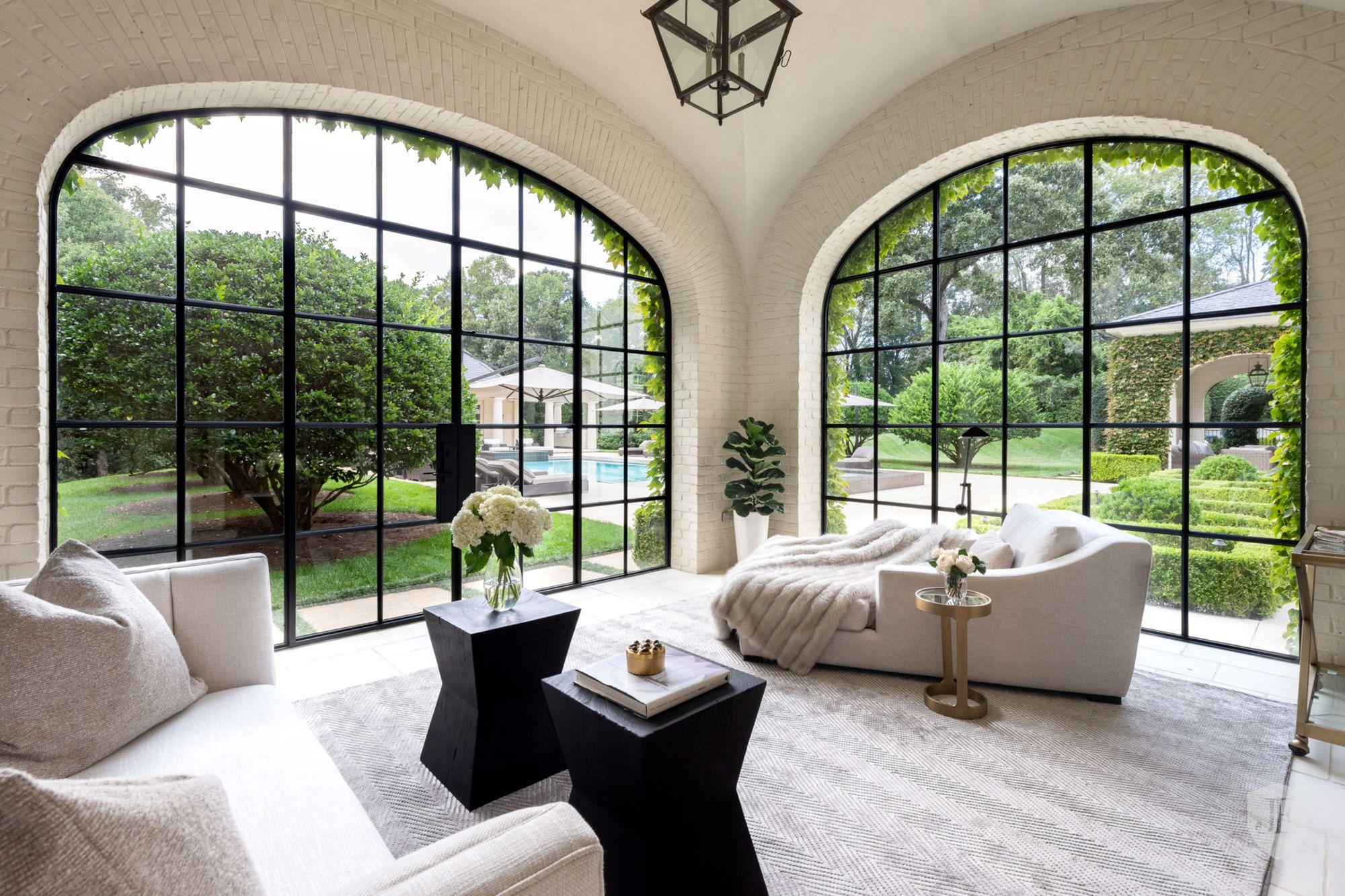 Exquisite Buckhead Estate On 3 8 Private Acres In Atlanta Ga United States For Sale On Jamesedition In 2020 Luxury Homes Dream Home Design House Design