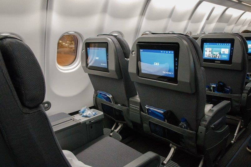 Mit Scandinavian Airlines In Premium Economy Sas Plus Nach Chicago Airlines Chicago Airbus A330
