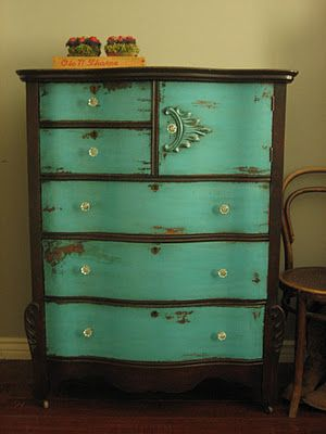 Ideas : two-tone dresser